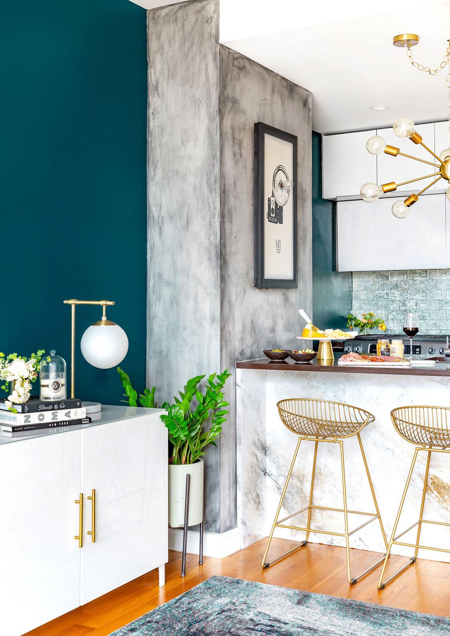 Blågrønn maling på kjøkkenet